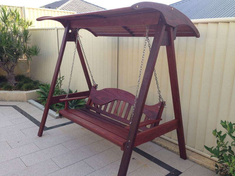 s0-Jarrah-swing-with-slatted-timber-canopy